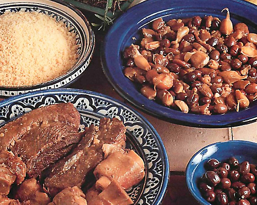 Couscous aux fèves et pied de boeuf