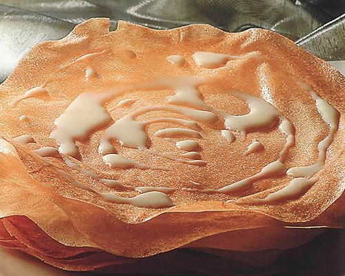 Pastilla au lait et aux amandes